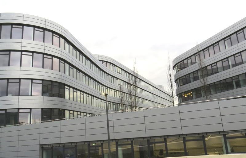 Neue Verwaltung der Rhein-Energie-Zentrale